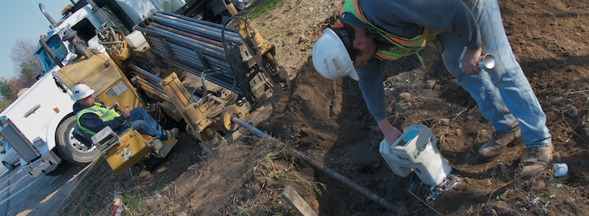 6-HDD-Turner-Underground-Installations-KJM8885v6-DCI-DigiTrak-F2-Directional-Drilling-Walkover-Location-System